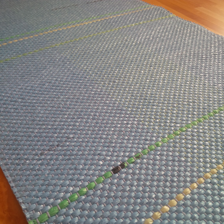 blue runner very flat